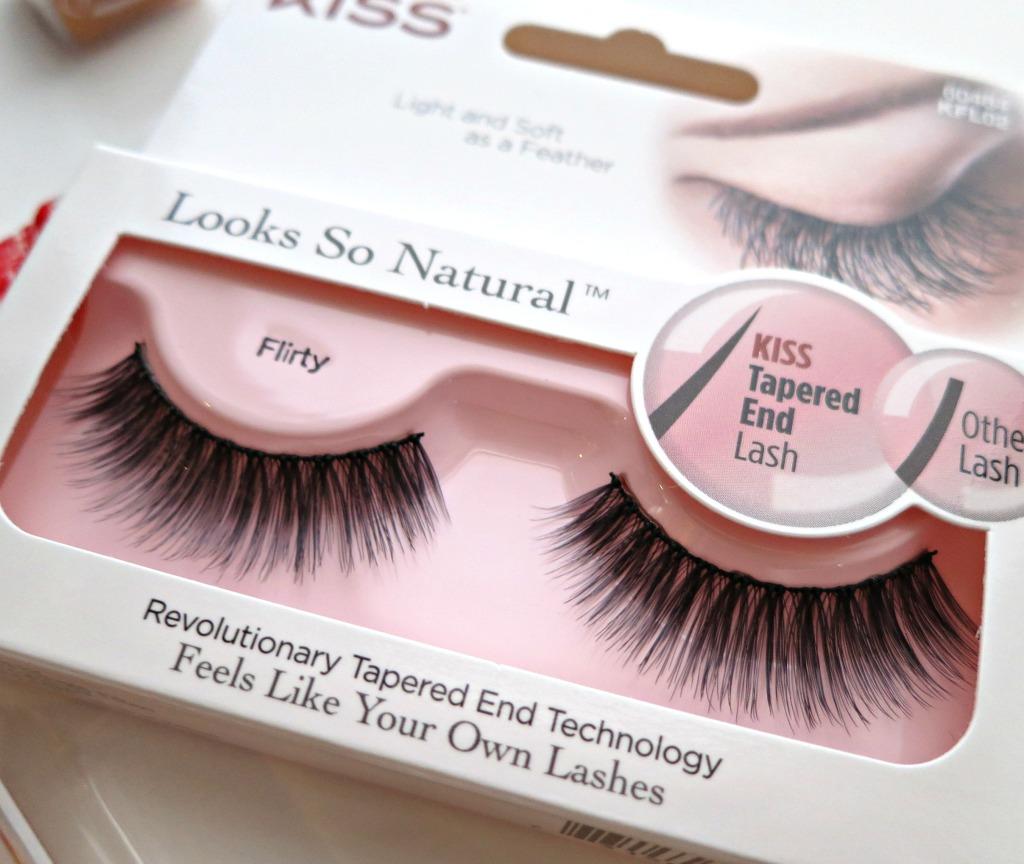 halloween-kiss-products-lash