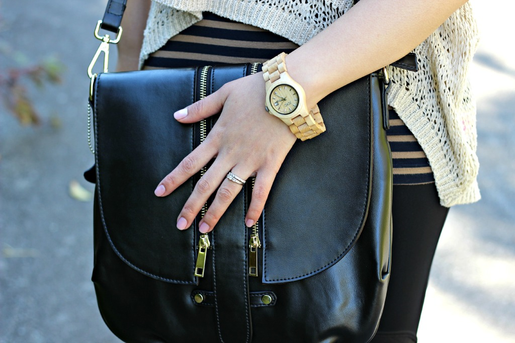oufit-casual-fall-layers-minling-pan-purse-Jord-watch-close