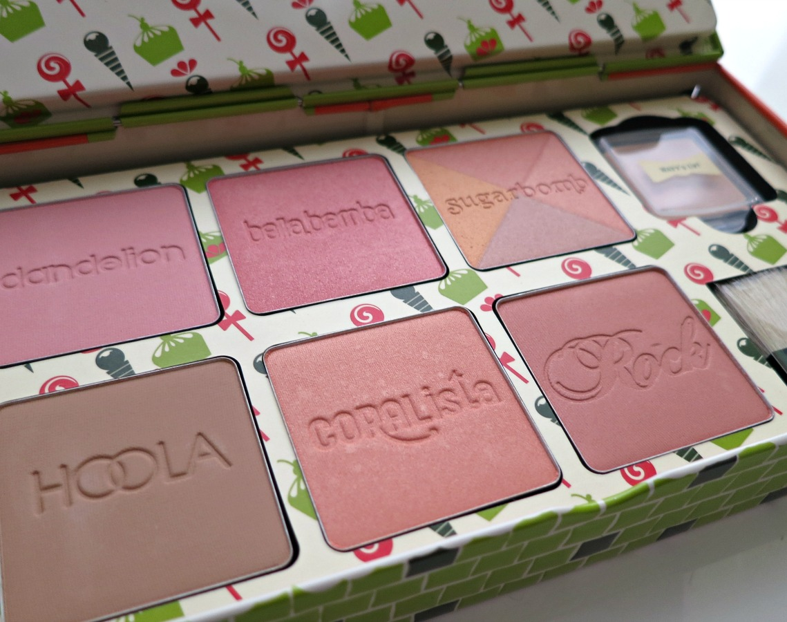 holiday-gift-packs-benefit-cosmetics-cheeky-sweet-spot-blushes