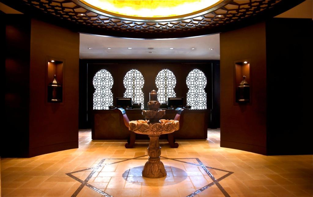 Hammam Gommage Treatment - Miraj Hammam Spa Claudalie Shangri La Toronto