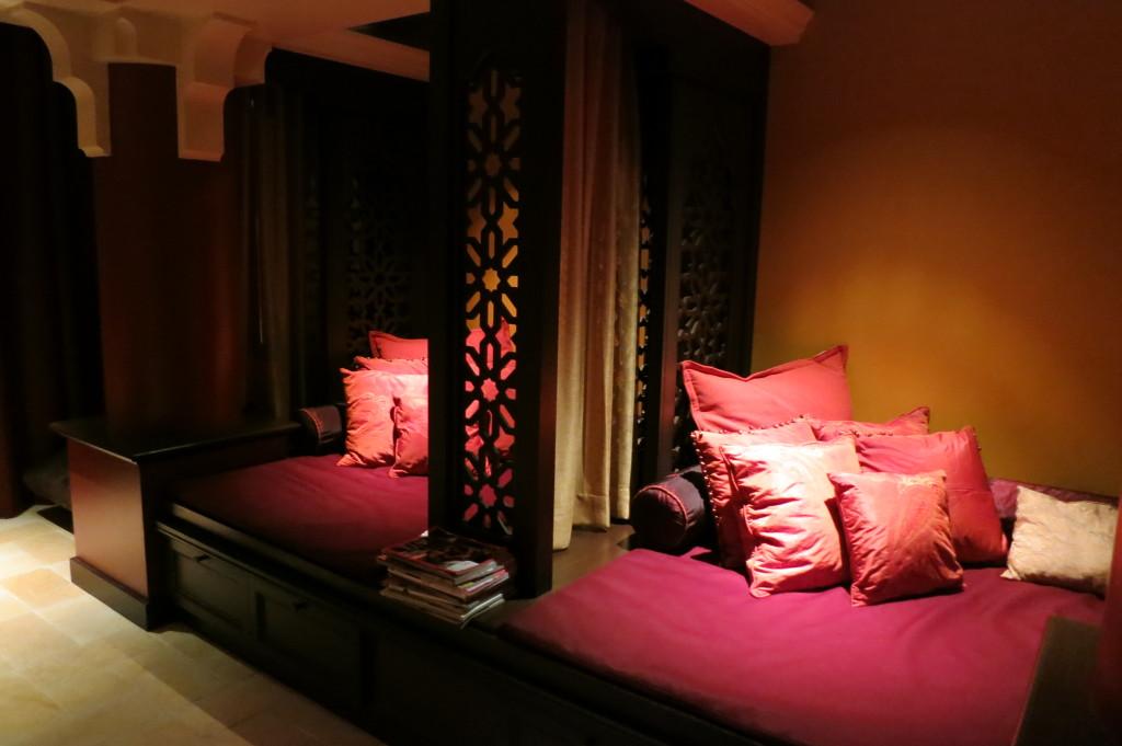 miraj-hammam-spa-Claudalie-shangri-la-toronto-lounge