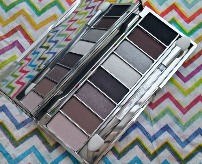 Clinque Wear Everywhere Greys Palette // Toronto Beauty Reviews