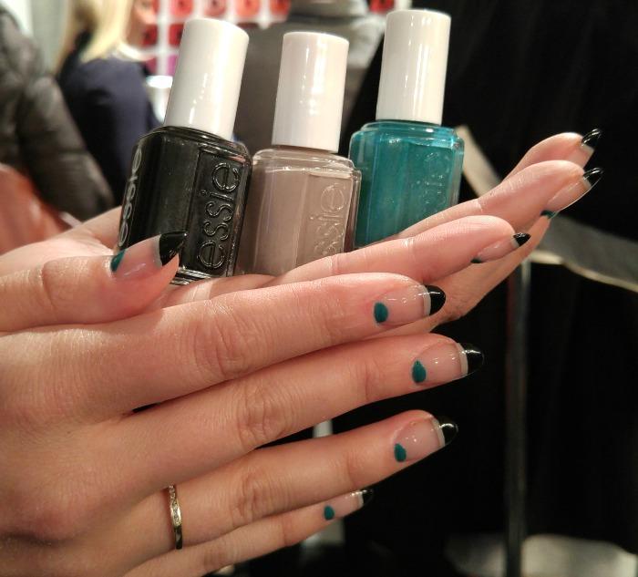negative space nails, graphic nails, nail design, nail art, modern nails