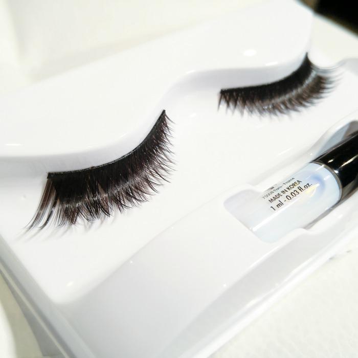 false lashes, mufe, make up for ever, winged lashes