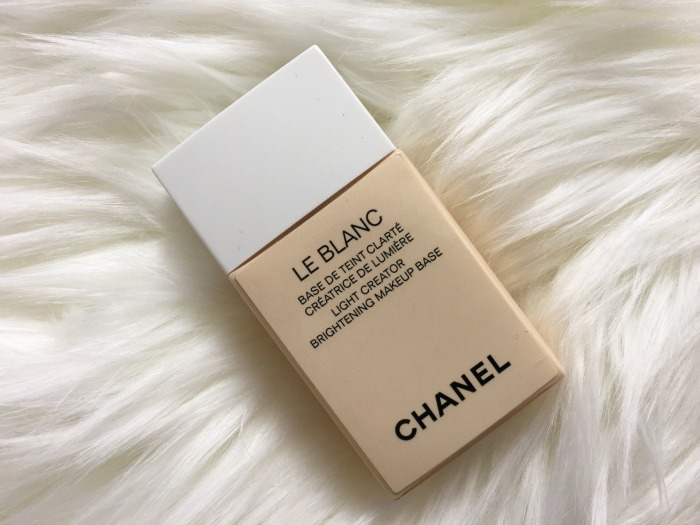 Chanel-Le-Blanc-review-base